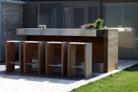 7 Tips for Lighting Outdoor Kitchens | Lighting & Decor Mag