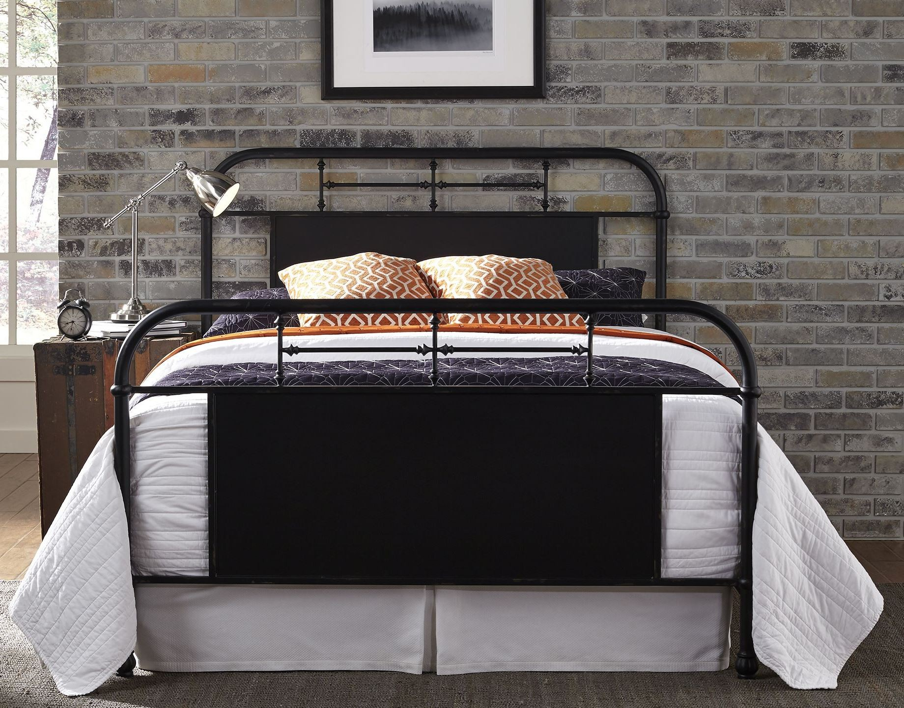 Vintage Distressed Black Queen Metal Bed From Liberty (179