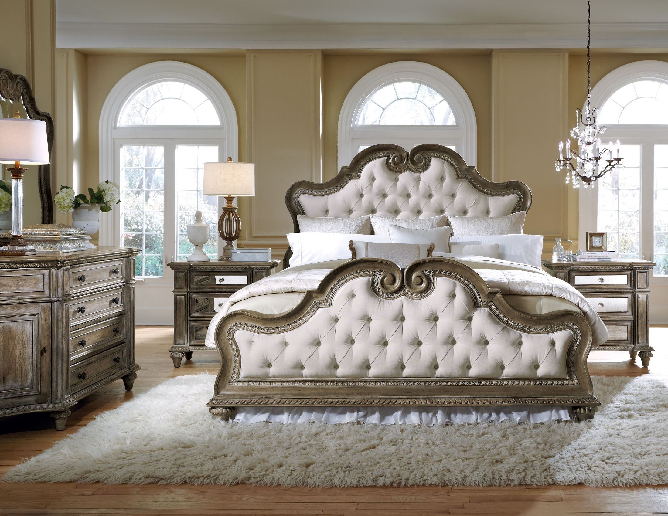 Arabella Upholstered Bedroom Set from Pulaski 211170211171211172  Coleman Furniture