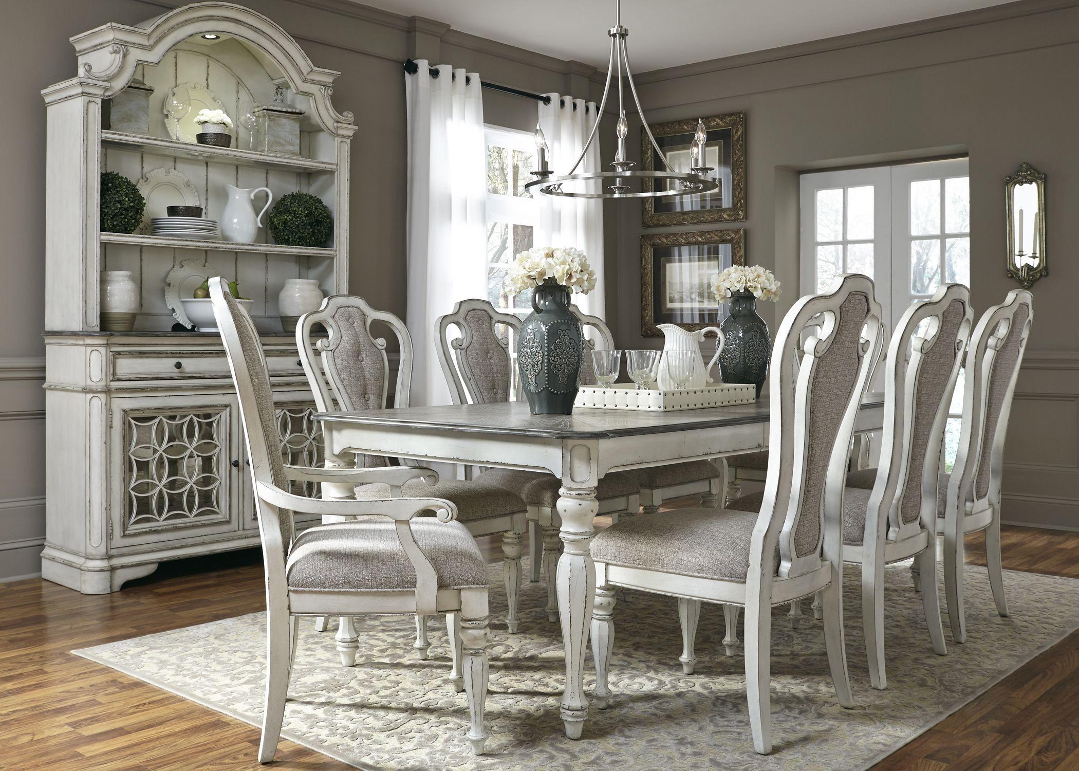 Magnolia Manor Antique White 90 Extendable Rectangular