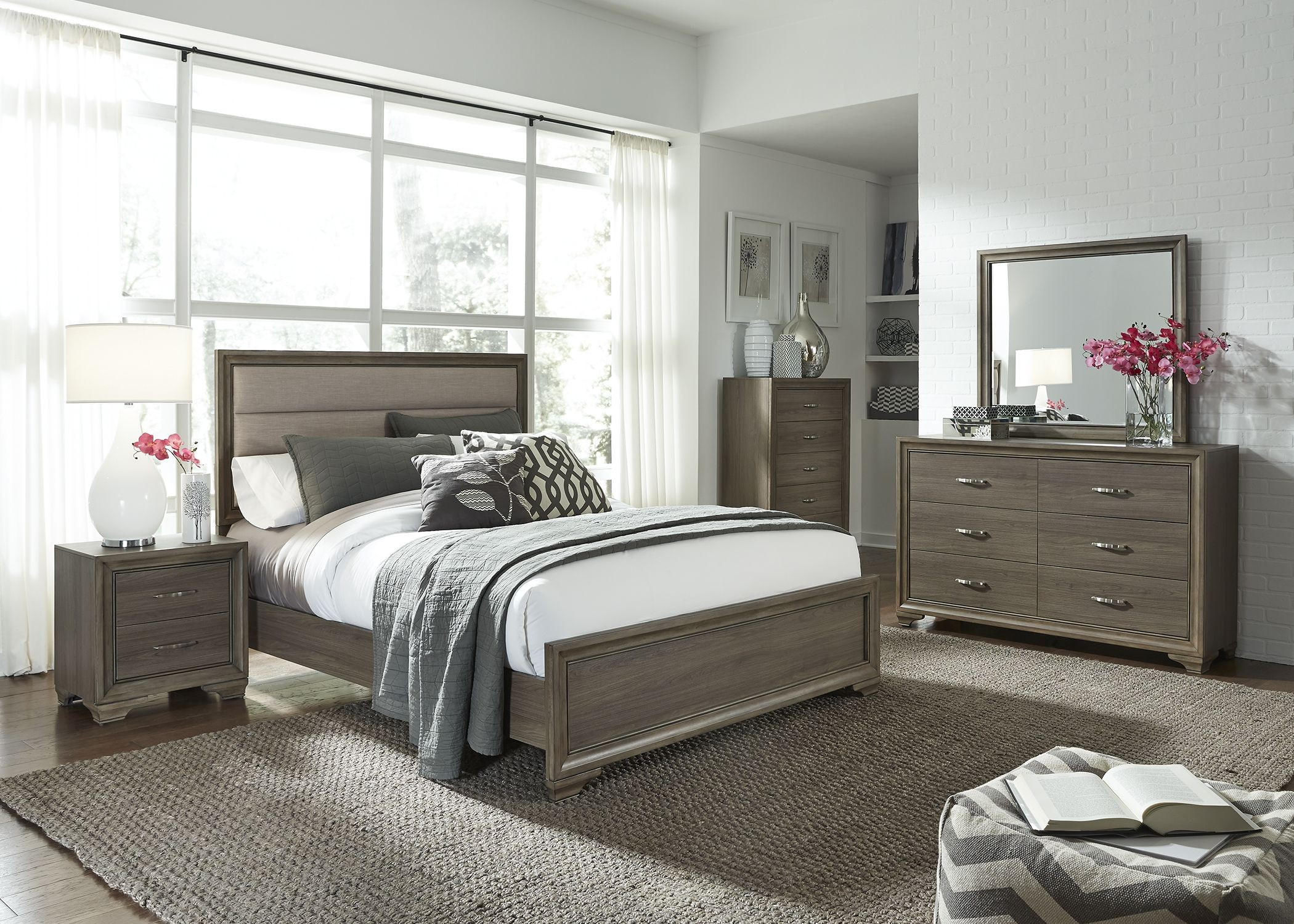 Hartly Gray Wash Youth Upholstered Panel Bedroom Set from