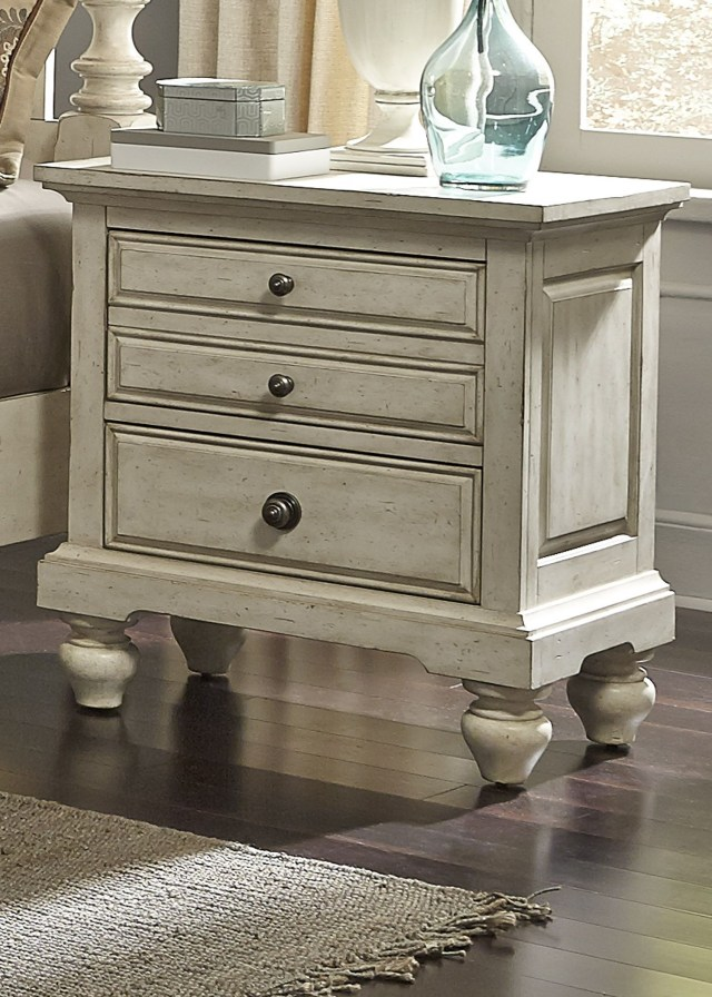 High Country White Poster Bedroom Set from Liberty 697 BR QPS
