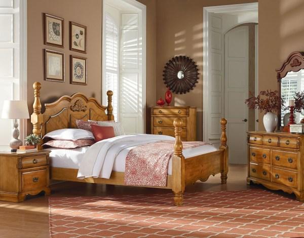 Georgetown Golden Honey Pine Poster Bedroom Set 83000