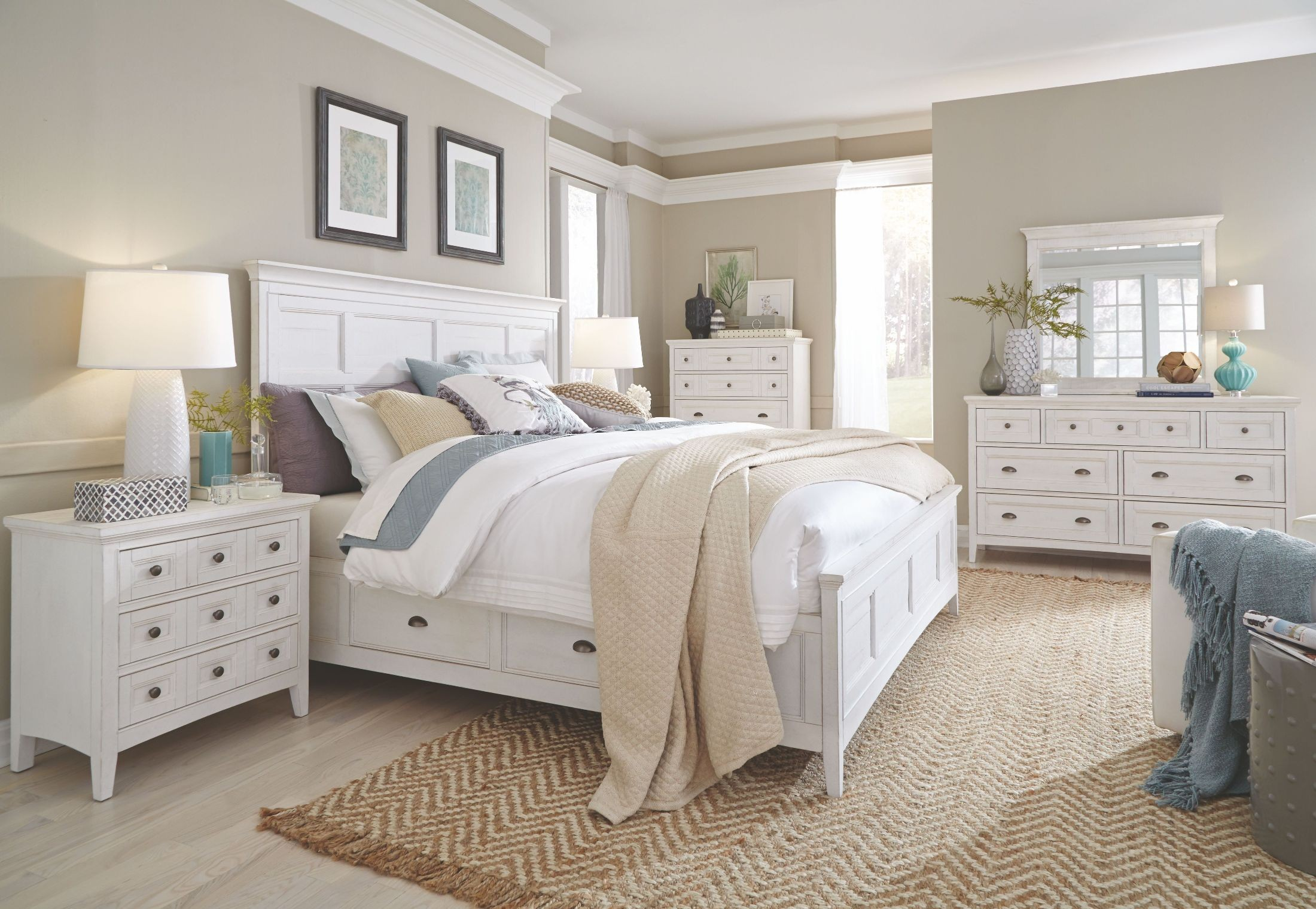 Heron Cove Chalk White Storage Panel Bedroom Set from
