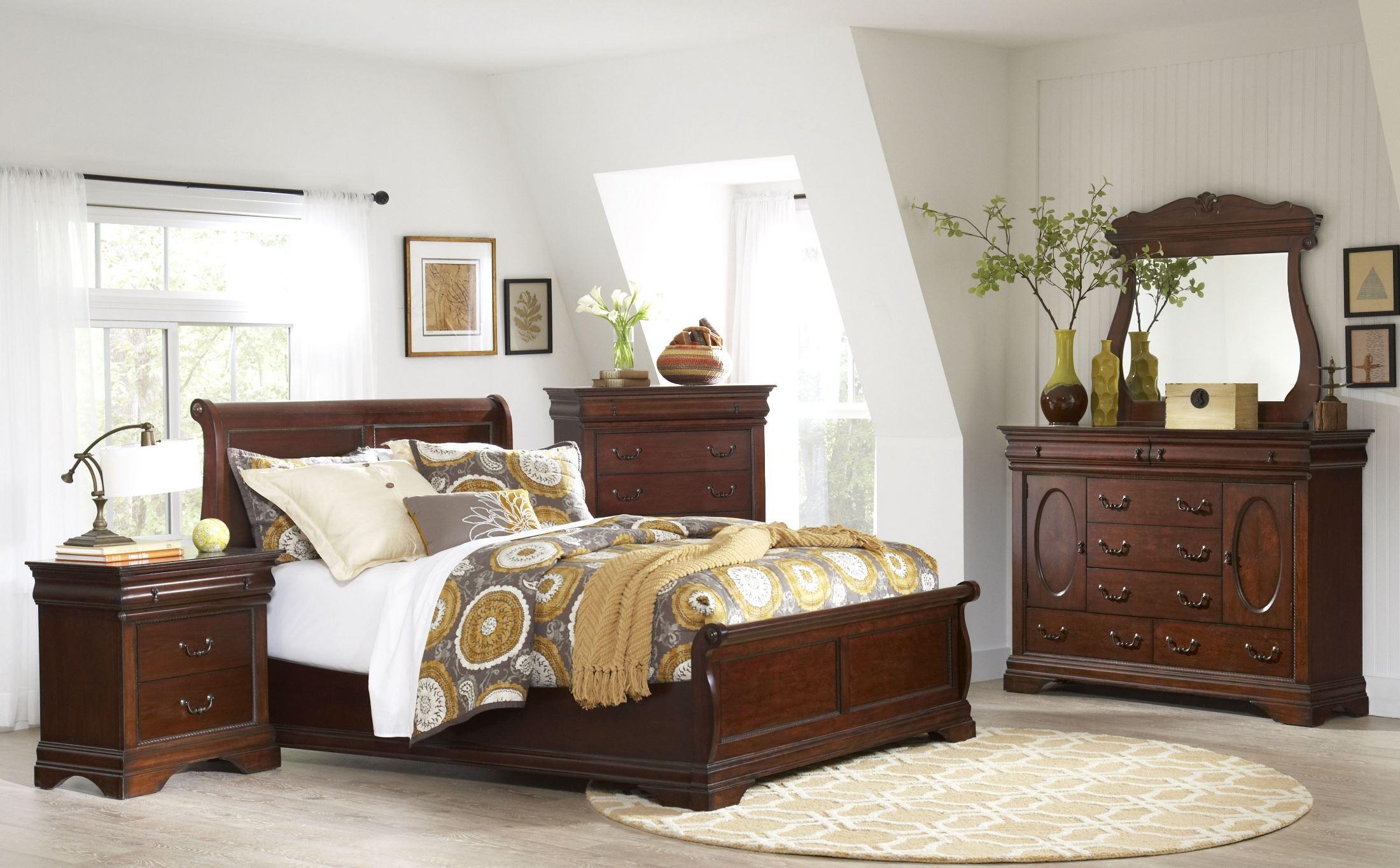 Chateau Vintage Cherry Panel Bedroom Set B480058H58F