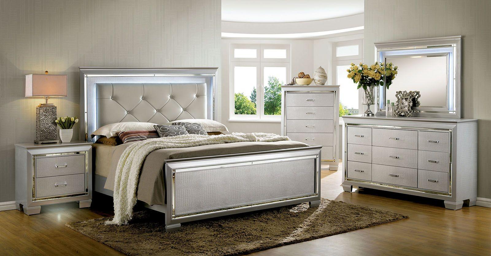 Bellanova Silver Upholstered Panel Bedroom Set From