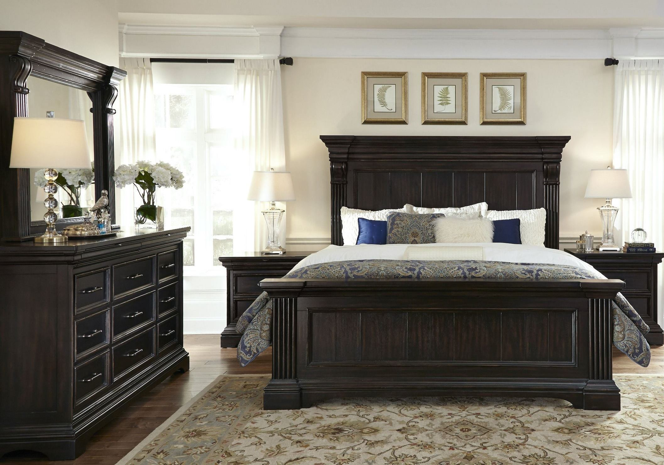 Caldwell Black Panel Bedroom Set P0121707172 Pulaski