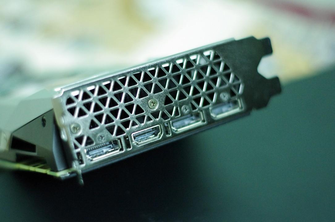 nvidia-geforce-gtx-1080-ti-founder-edition-chien-binh-bat-bai-gioi-thieu-gaming-gear (19)
