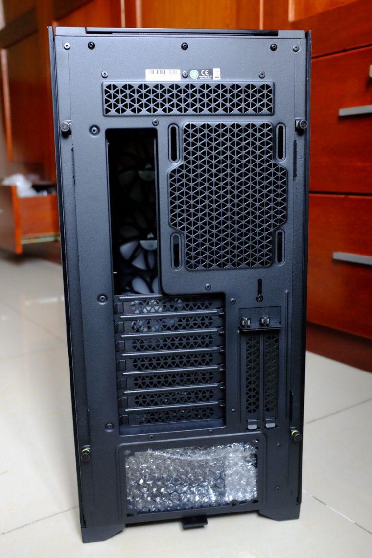 Corsair iCUE 5000X RGB Black - Đánh Giá Nhanh