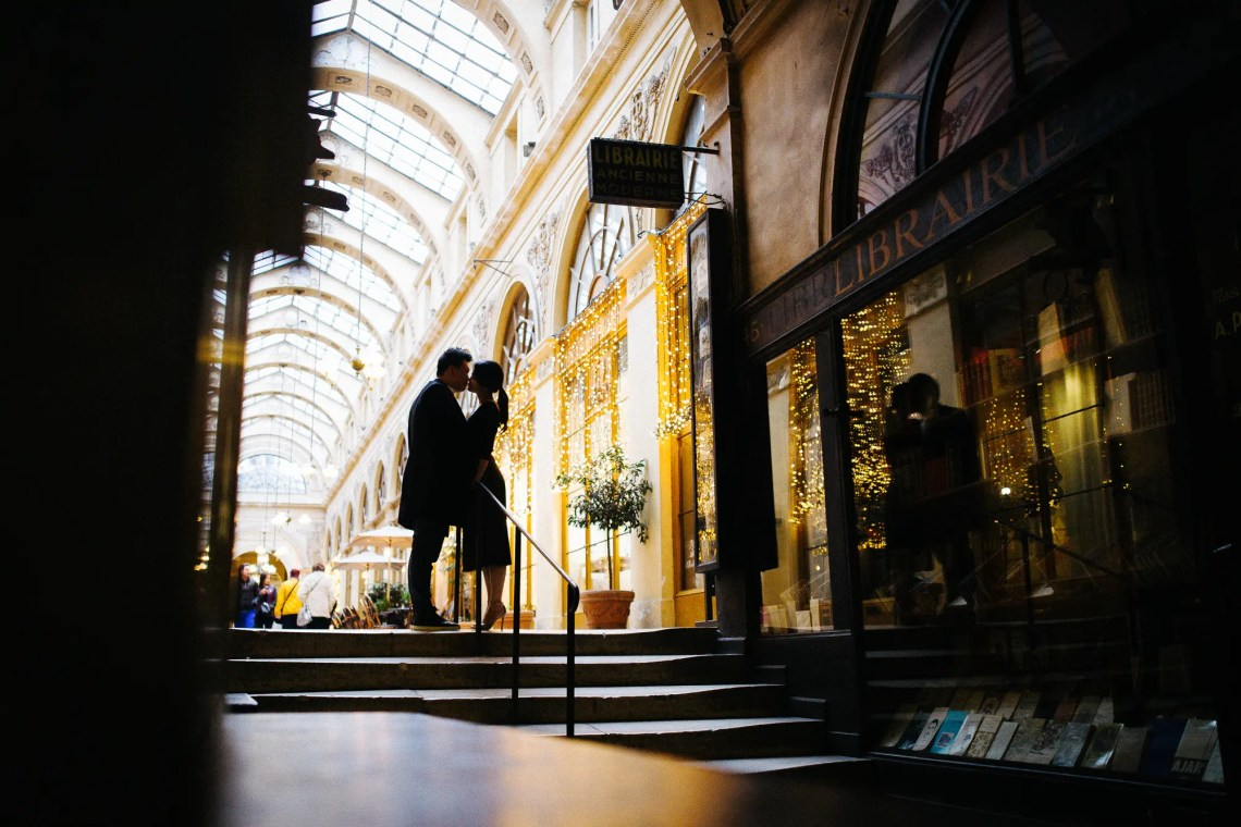 Christmas Pre-wedding in Paris (p. 1) | Through The Glass Photography image 9