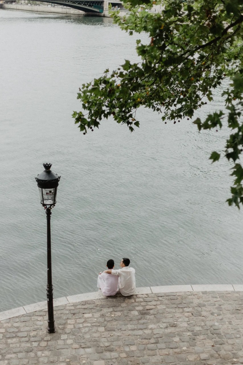 Away We Wow - gay same sex couple photography paris - travel blogger quai de seine river
