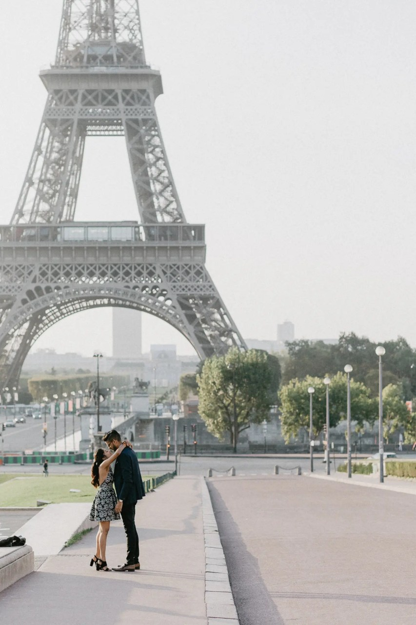 surprise proposal photography paris