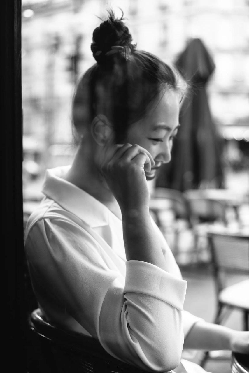 Lifestyle paris cafe coffee best friend black white