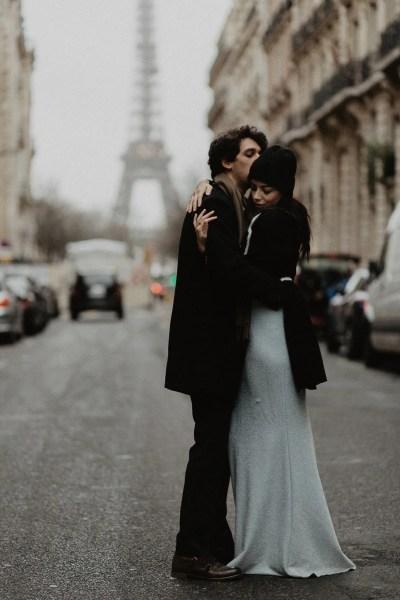 Winter elopement photography Paris Eiffel tower