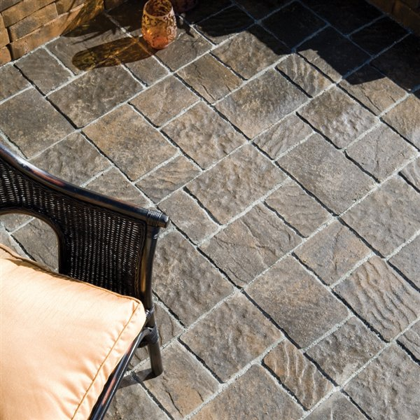 oldcastle 16 in l x 16 in w shadow blend square patio stone