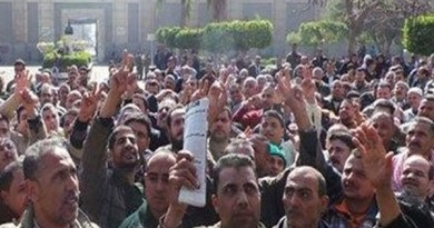 """""""الخدمات النقابية"""" تتضامن مع اعتصام عمال شركة النيل بالإسكندرية: صرف الأرباح والرعاية الصحية مطالب مشروعة وقانونية"""