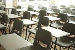 photo d'une classe d'école vide