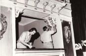 1972-febrero-trabajos-de-reparacion-en-la-sala-del-teatro-argentino-chica