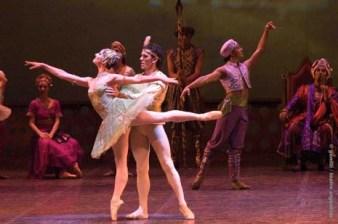 2008-la-bayadera-ballet-genoveva-surur-maximiliano-guerra