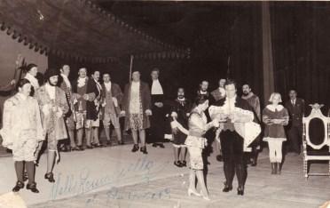 Ópera Un ballo in maschera de verdi. Teatro Argentino 1973. Dedicada por Nelly Romanella. Archivo Histórico TA.