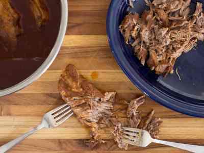 wpid7054-Pressure-Cooker-BBQ-Pulled-Pork-Tacos-7631.jpg