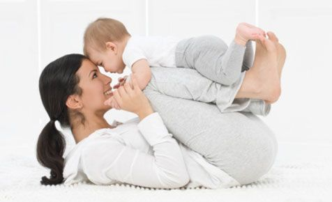Время на животике для младенца: Как сделать это время комфортным для ребенка.