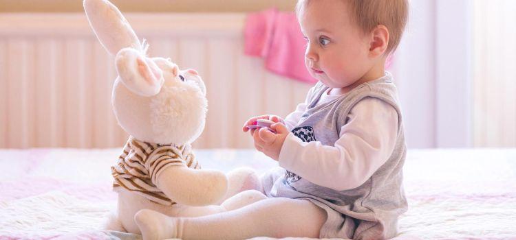 Развитие ребенка: Как ребенок учится сидеть