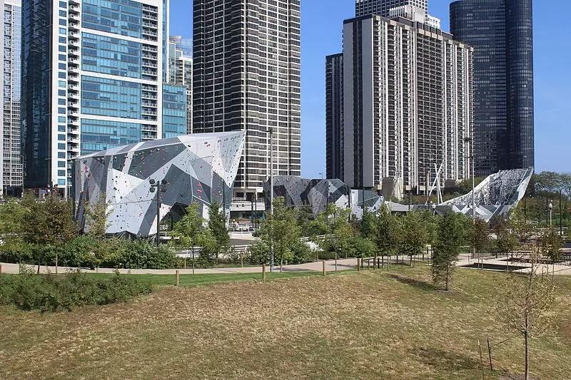Best Outdoor Activities for Families in Chicago