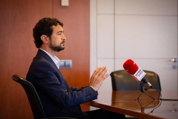 El conseller Damià Calvet durant l'entrevista | Europa Press