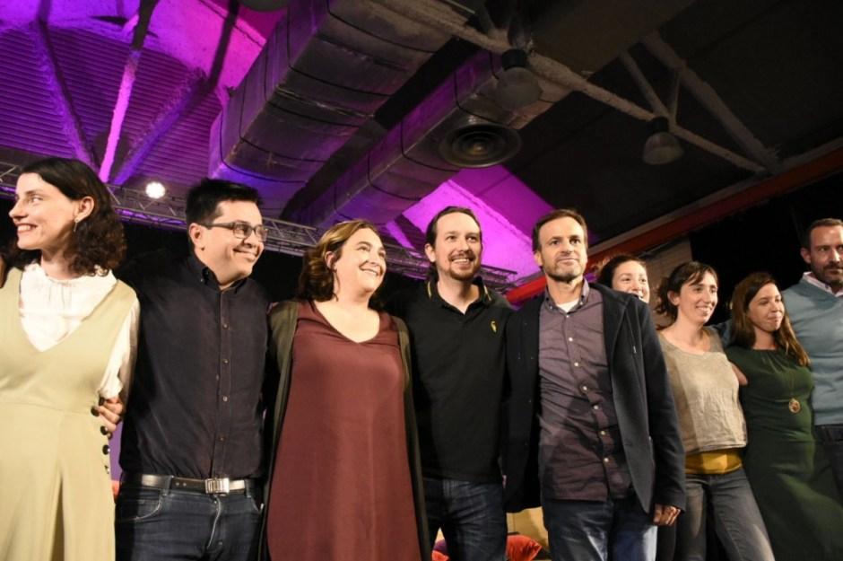 Resultado de imagen de Acte a Cotxeres de Sants amb Pablo Iglesias i Jaume Asens