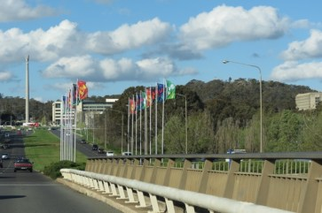 Kings Bridge, flags, Australian-American Memorial