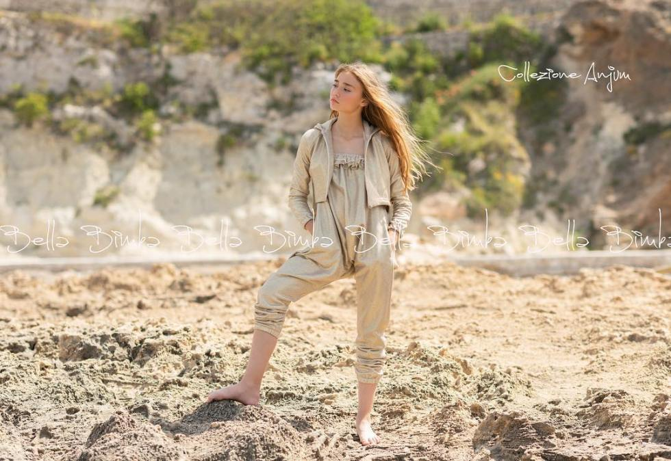 Bella Bimba mono, chaqueta y collar colección Anjum
