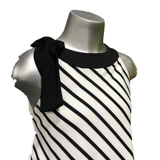 Detalle Elsy vestido de rayas y lazo en hombro