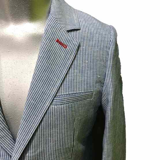Detalle IDO americana de raya fina azul
