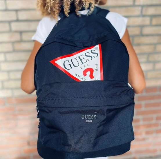 Guess mochila negra