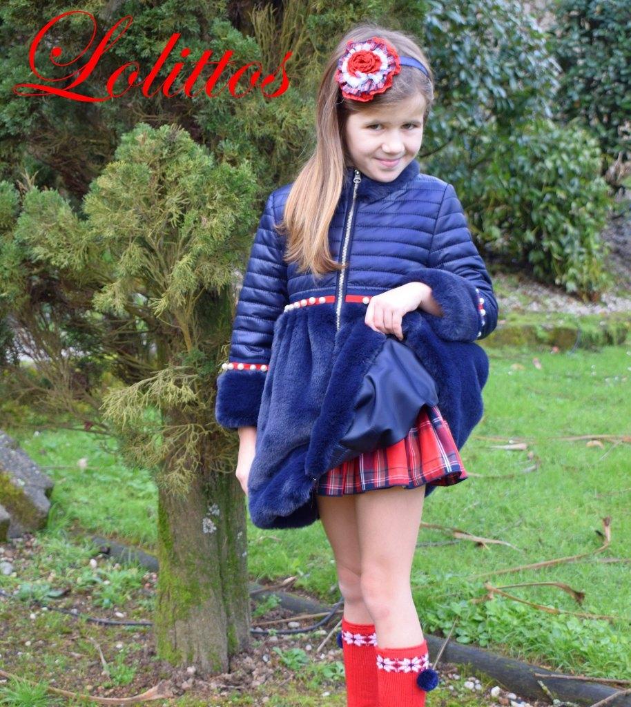 catálogo Lolittos colección Christmas abrigo vuelo