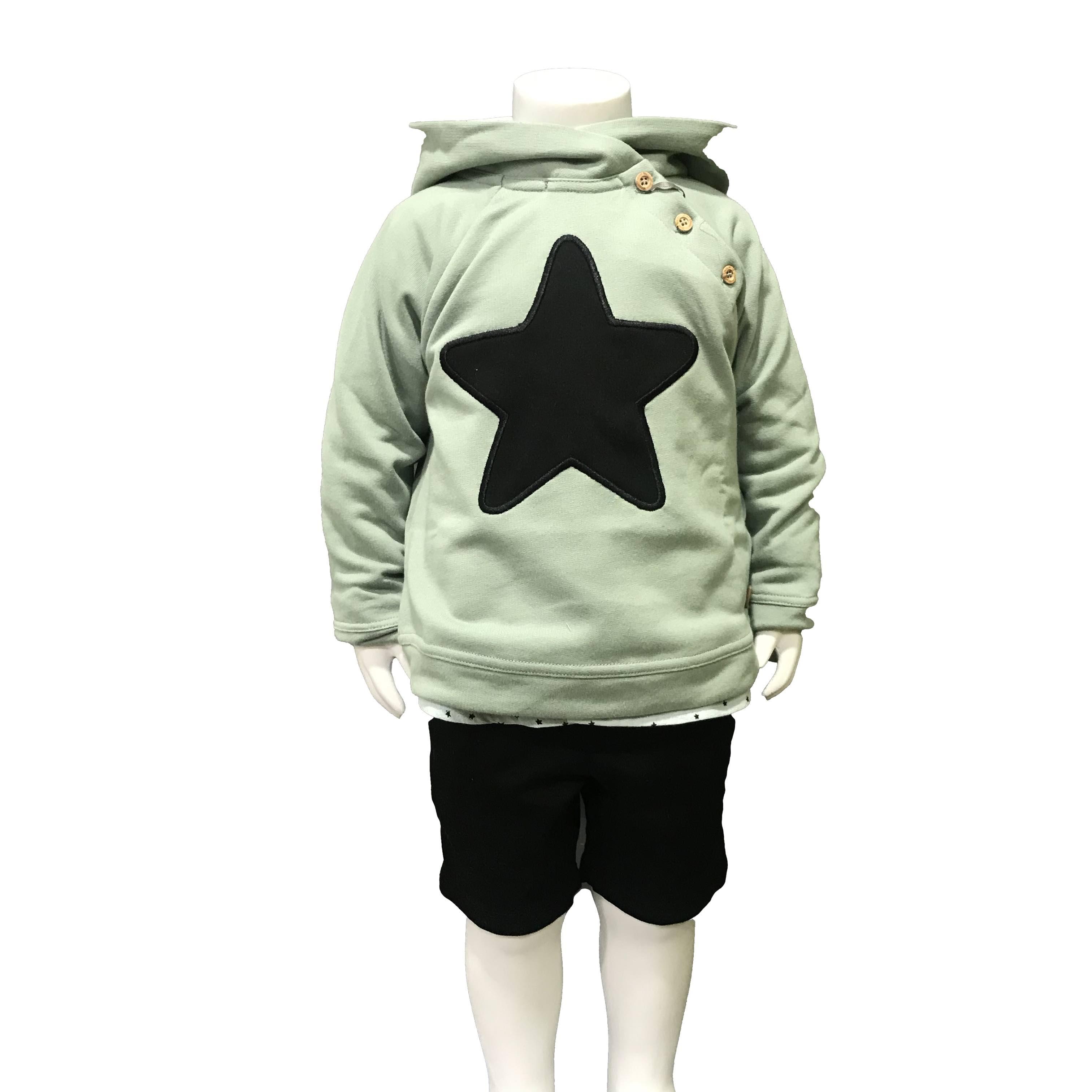 Propuesta look José Varón conjunto niño bermuda y camisa estrellas