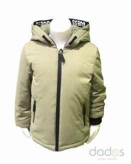 Guess chaquetón niño verde letras