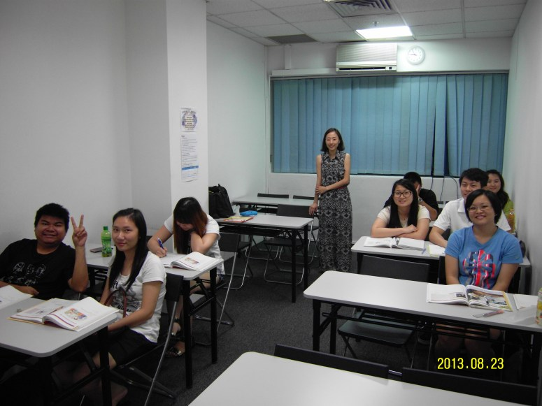 Teacher and her students Learn Easy Korean at Daehan Korean Language Centre