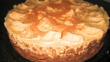 עוגת מוס שוקולד וריבת חלב