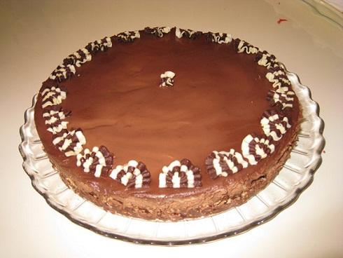 עוגת מוס וקראנץ' אגוזים