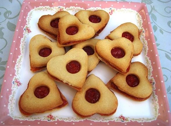 עוגיות לב ריבה