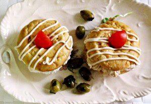 דונאטס עם מלית גבינות מלוחות לאירוח מושלם