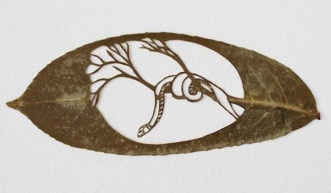 karya seni daun 12