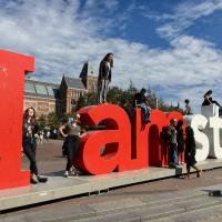 Der I amsterdam Schriftzug vor dem Rijksmuseum