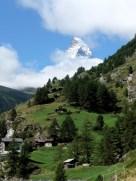 Pitoresk - Zermatt'ın ardından arzı delerek yükselen ikonik Matterhorn. Fotoğraf: Ali D. Özbakır.