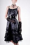 Sukienka wcięta w pasie
