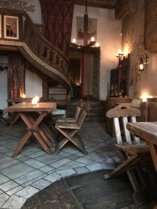 Tips for eating something delicious in cozy restaurants in Tallinn.