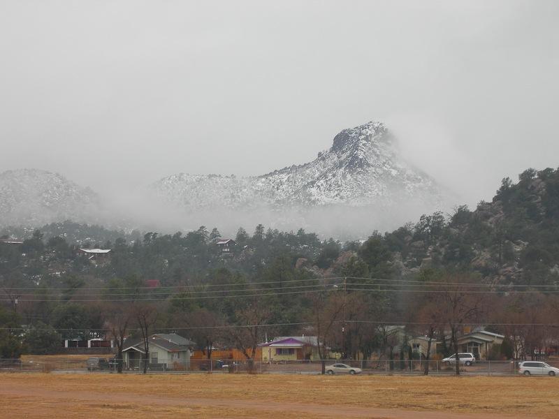 Thumb_Butte_Fog_Snow