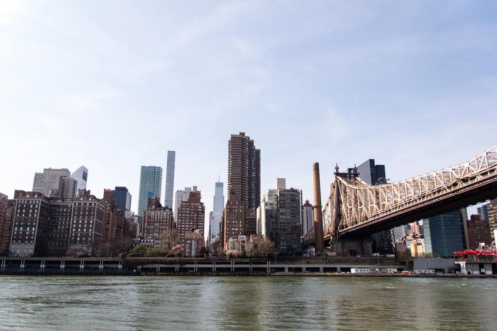 Manhattan vue de Roosevelt Island.